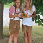 Anna und Esther Schneider