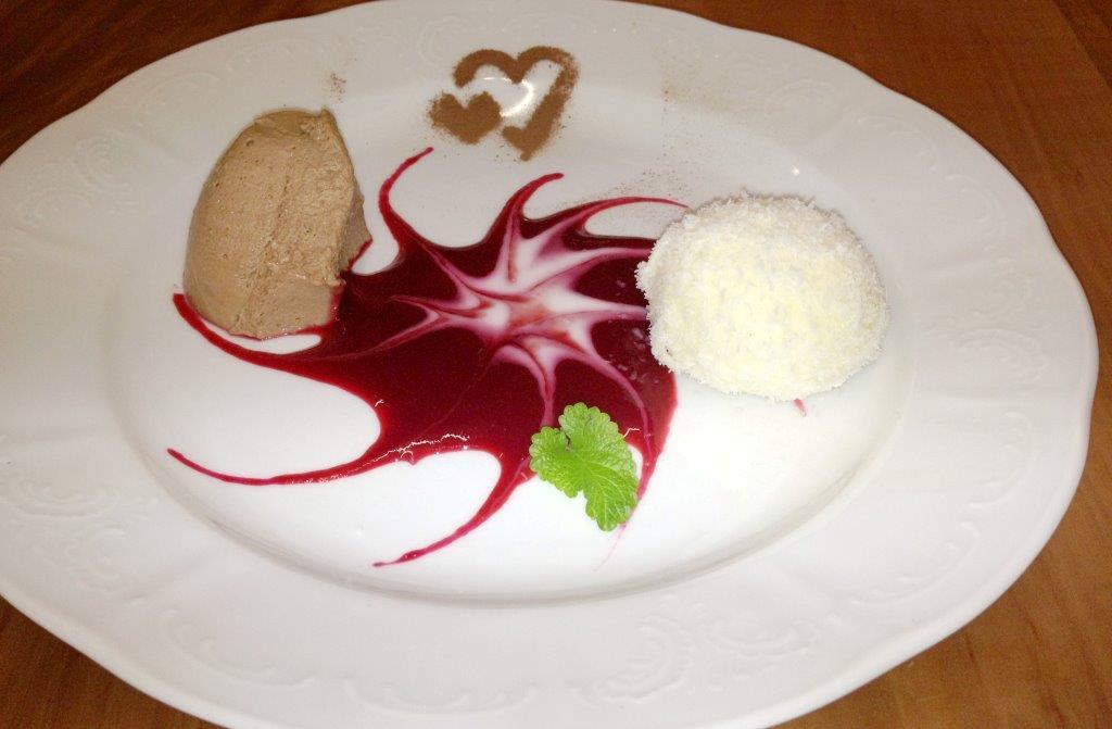 Dessert in der Backhendlstation Schneider