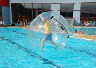 H2O_Wasserball_(c) TVB Bad Waltersdorf