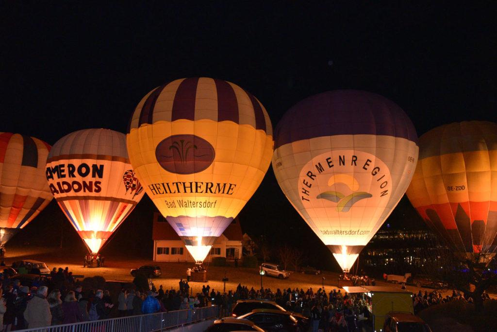 Heißluftballone in Bad Waldersdorf (c) Lederer